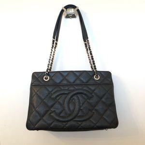 Chanel Timeless CC tote in black caviar